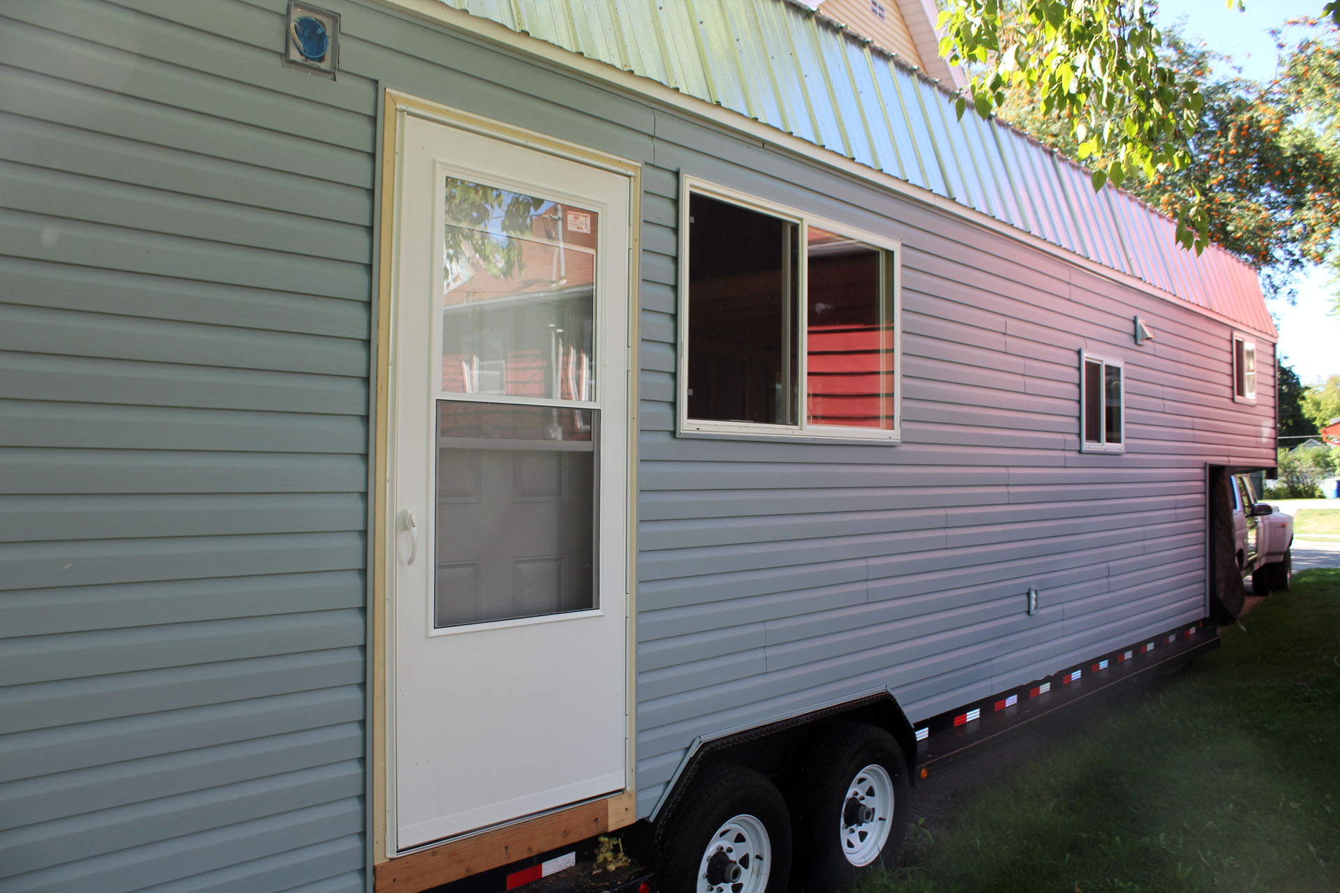 Tiny houses on trailers for sale - Tiny House Finished Exterior