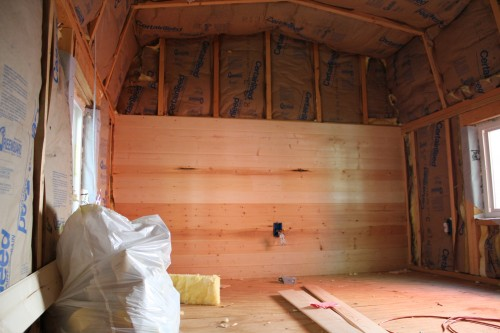 Tiny House Bedroom Insulation and Pine Board.